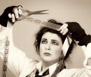 Gewagtes Projekt: Auf Director's Cut präsentiert Kate alte Songs neu eingespielt.